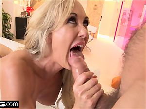 blasting Brandi enjoy enjoys having a chisel in her cootchie