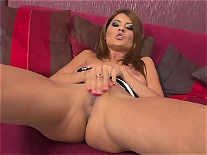 gassy Jasmine Rouge is a roasting scorching tease