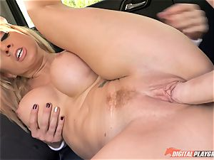 Parker Swayze muff inserted in the cool puss