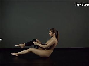 FlexyTeens - Zina showcases supple nude assets
