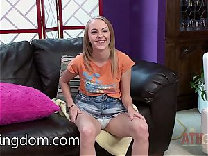 Jenna Marie getting an interview