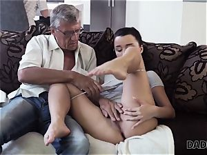 DADDY4K. daddy takes part in spontaneous hook-up with bombshell Erica black